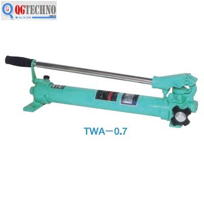 TWA-0.7